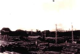 飯能木材と線路(昭和20年代)